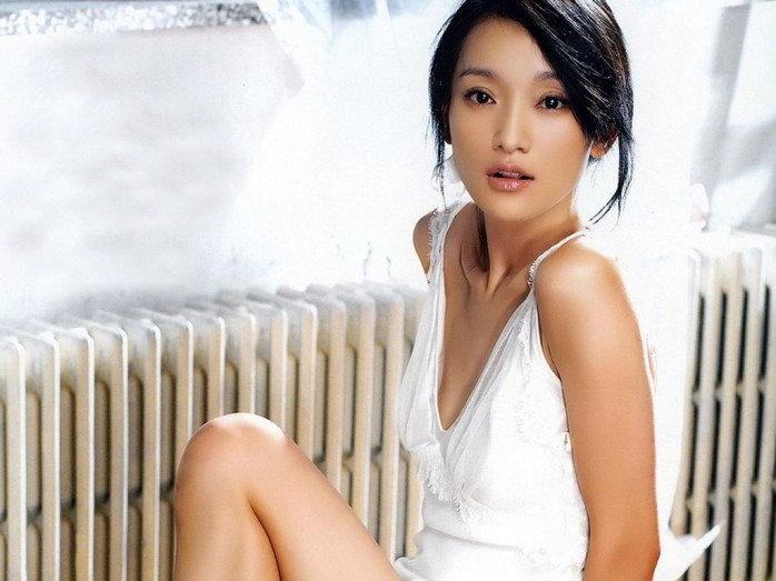Zhou Xunis Chines Actress